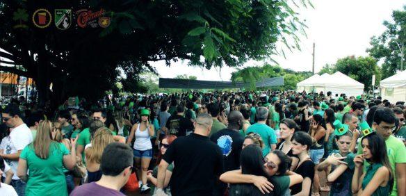 Edição de 2013 do St. Patrick's Day foi marcada pelas longas filas (Foto: Divulgação/Academia de Ideias Cervejeiras)